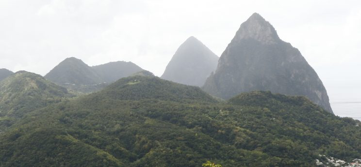 The Pitons in Sta Lúcia