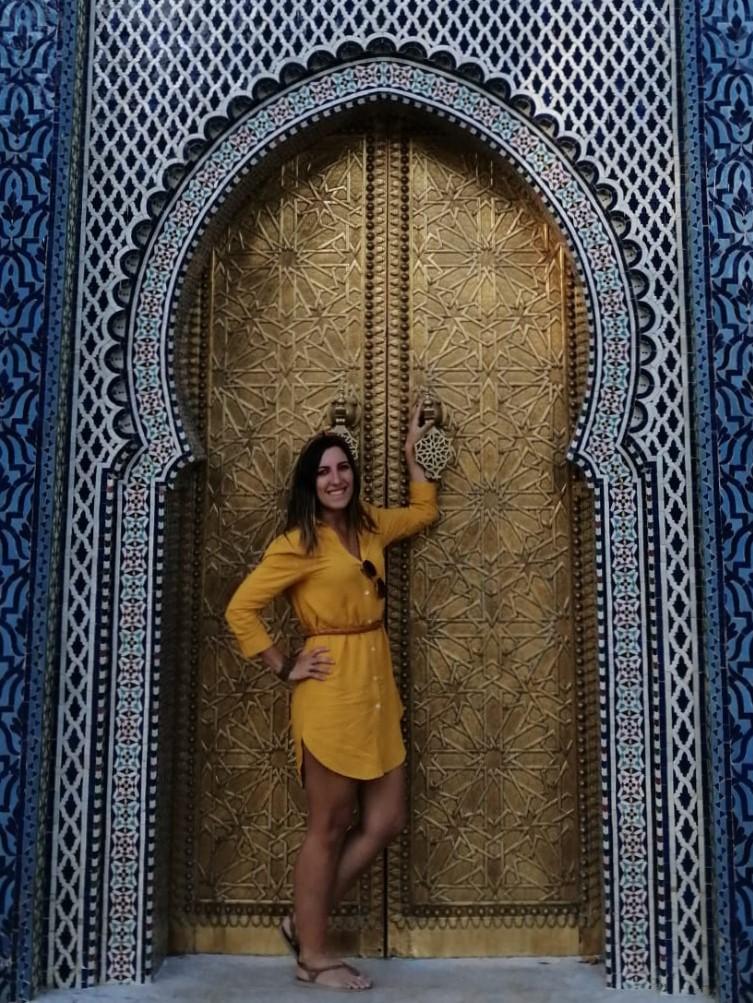 Portas douradas feitas em bronze