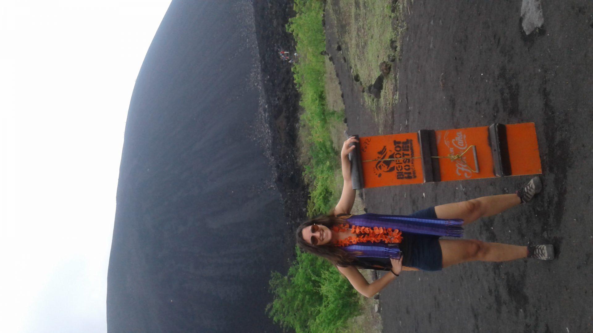 O dia em que sobrevivi ao Volcano Boarding!